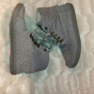 TOMS canvas grey shoes